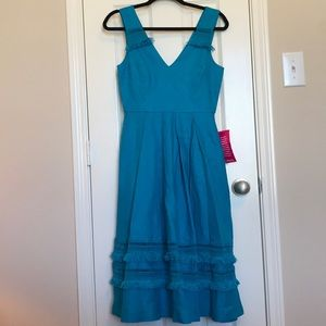 NWT Belle Badgley Mischka Dress